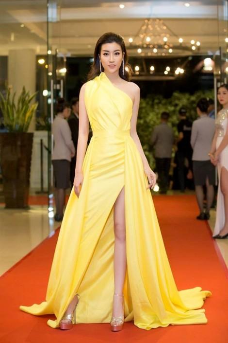 Đỗ Mỹ Linh, Angela Phương Trinh mặc đẹp nhất tuần với váy xẻ gợi cảm