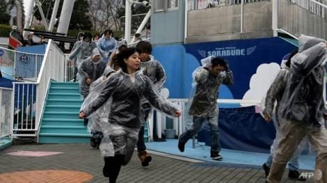 Giữa thời bình, người Nhật vẫn sống trong nỗi sợ 'bom rơi đạn lạc' từ Triều Tiên
