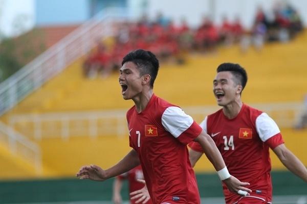 Soi trang phuc doi thuong chuan 'soai ca' cua cac cau thu U23 Viet Nam