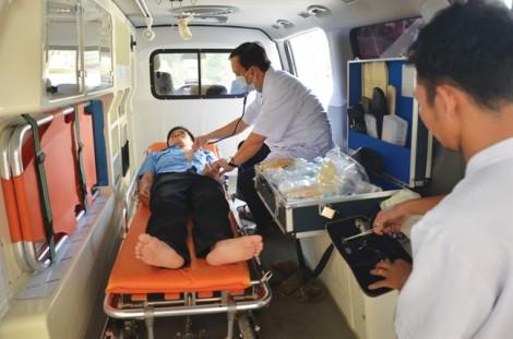 Bát nháo dịch vụ xe chở người bệnh về quê đón Tết