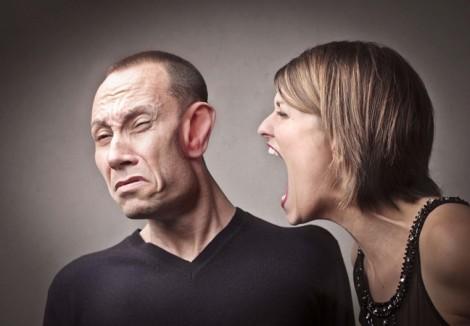 Sao chồng con mình không được như chồng con người ta?