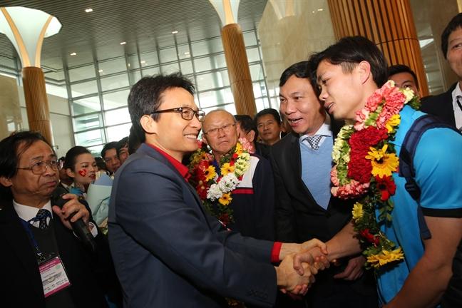 Le don doi U23 Viet Nam tai san bay Noi Bai: Nhung khoanh khac khong the nao quen