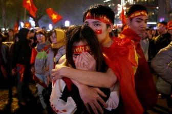 Báo Nhật: Trận cầu lịch sử nối kết mọi người Việt Nam lại với nhau