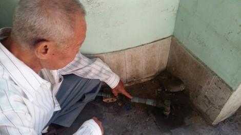 5 năm kêu cứu, cụ già vẫn phải xài nước ké
