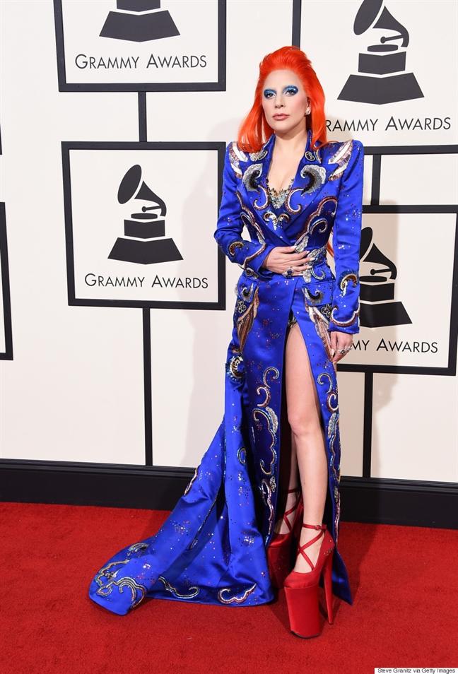 Thoi trang tu quai di den quyen ru tren tham do cua Lady Gaga