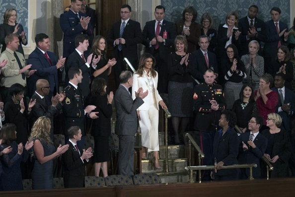 Melania Trump va 'thong diep trang' tai Quoc hoi My
