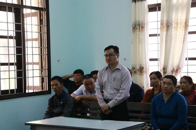 Nguyen Pho Vien truong vien kiem sat bi tuyen phat 7 thang tu ve toi nhan hoi lo