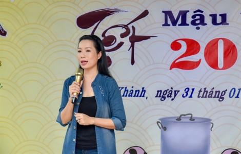 Trịnh Kim Chi trao quà Tết cho 150 gia đình khó khăn ở Tây Ninh