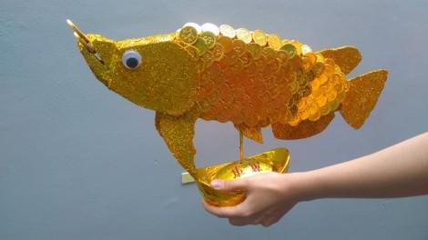 Độc đáo cá kim long bằng sô-cô-la chưng Tết