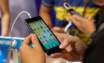 Smartphone giá thấp khuấy đảo thị trường di động cuối năm