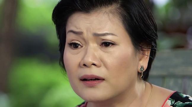 Chong 'bo doi' chuyen goi chan suot 2 nam vi nghi 50 tuoi da gia...