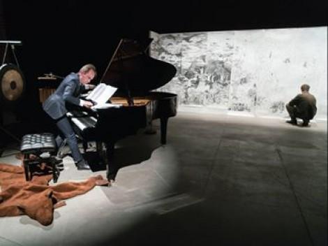Triển lãm kết hợp nhạc – hoạ của cặp nghệ sĩ nước ngoài