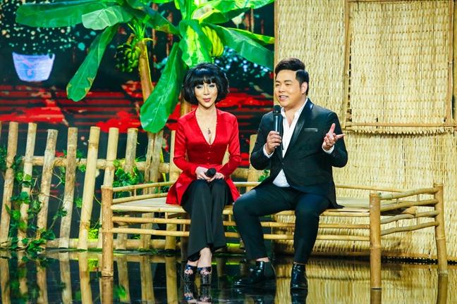 Quang Le hat loi 'la' ca khuc 'Hoa su nha nang'