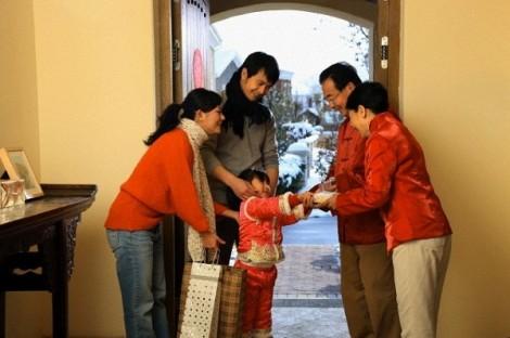 15 năm lấy chồng, lần duy nhất nàng dâu về ăn tết nhà ngoại vì mẹ mất