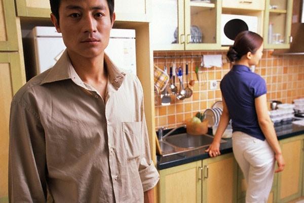 Dan ba khong co 'chuyen do' la de… dien lam day!