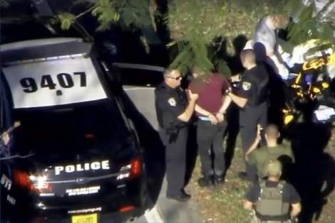 Mỹ: 17 người chết vì trúng đạn do xả súng tại trung học ở Florida
