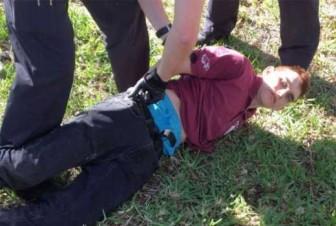 Nghi ngờ hung thủ đã báo trước vụ xả súng trường học Florida trên mạng xã hội