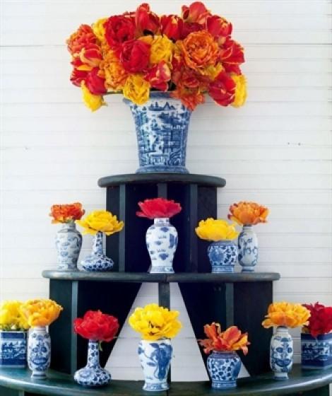 Mang sắc hoa xuân vào nhà