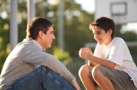 10 điều cha mẹ không nên làm giúp con