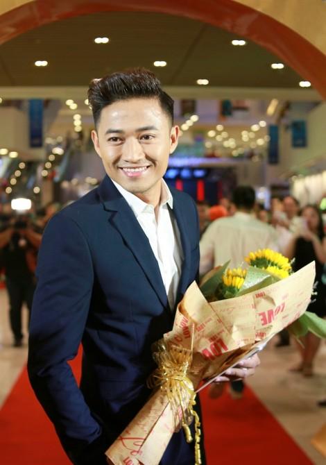 Diễn viên Quý Bình: 'Tết năm nay, vẫn chưa dám đưa người yêu về ra mắt gia đình'