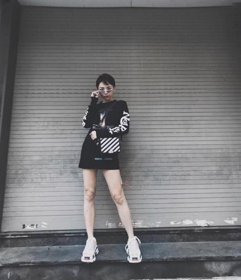 Street style cá tính ngày tết của sao Việt