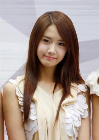 Mê mẩn với những kiểu tóc đẹp tựa 'nữ thần' của YoonA (SNSD)