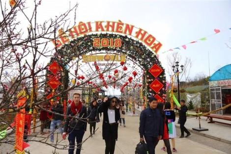 Mở hội khèn hoa 'Sắc xuân Tây Bắc', Sa Pa đón dòng khách lớn