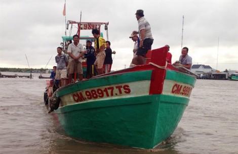 Ngư dân Cà Mau trúng lộc biển đầu năm, kiếm trăm triệu sau 4 ngày ra khơi