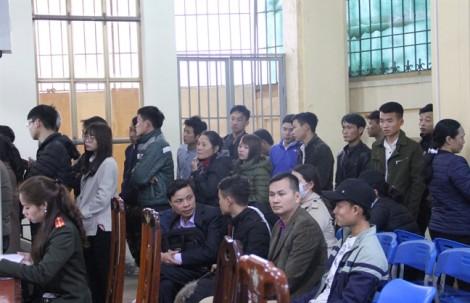 Người lao động Nghệ An đổ xô làm thủ tục xuất ngoại sau tết