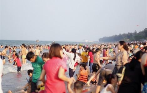 5 ni cô bị hút vào vùng nước xoáy trên biển Long Hải