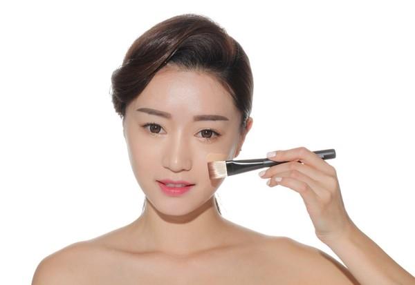 Bi quyet 'no - makeup' giup ban xinh lung linh