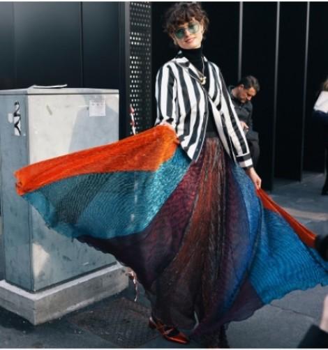 Giới mộ điệu đua nhau lăng xê blazer tại tuần lễ thời trang Milan