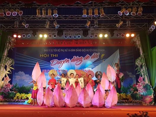 Huyen Binh Chanh: Chung ket hoi thi Duyen dang ao dai