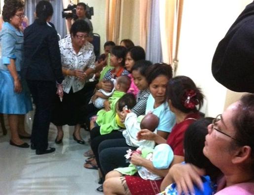 Truong ca 'mang thai ho' o Thai Lan va cai ket khong de dang