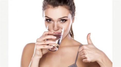 Muốn giảm cân, hãy uống thật nhiều nước tốt