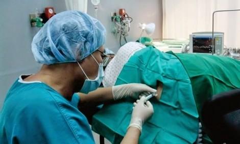 Phẫu thuật bảo tồn tử cung thành công trường hợp thai bám sẹo cũ