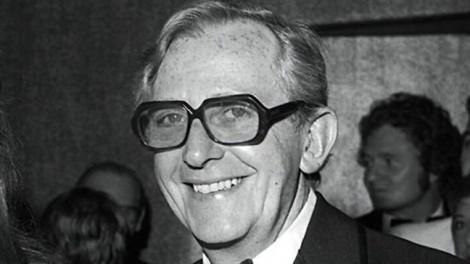 Đạo diễn phim 'Điệp viên 007' qua đời ở tuổi 98