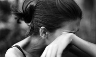 Một lần yếu lòng không dám buông tay, trả giá bằng cả cuộc hôn nhân ngập trong nước mắt