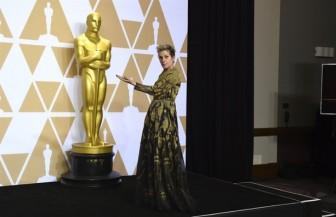 Giải thưởng Oscar suýt bị cưỡng đoạt!
