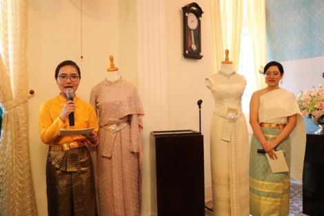 Bảo tàng Phụ nữ Nam Bộ tiếp nhận trang phục truyền thống Thái Lan