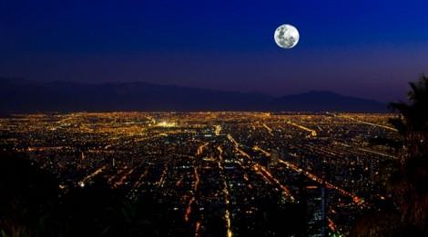 Tại sao ánh sáng xanh lợi ban ngày hại ban đêm?