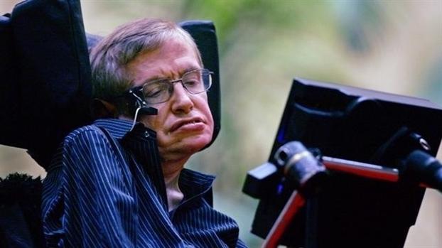 Giao su Stephen Hawking - 'Ong hoang vat ly' qua doi o tuoi 76