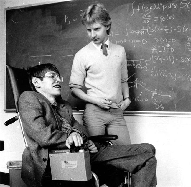 Cuoc doi ruc ro cua giao su Stephen Hawking qua anh