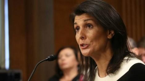 Mỹ, Anh liên hợp 'tấn công' Nga ngay trước ngày bầu cử