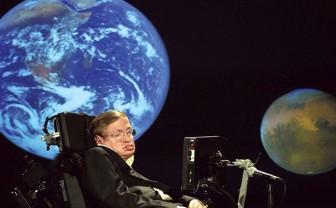 Từ Stephen Hawking, nghĩ về các nhà khoa bảng ngồi nhầm lớp