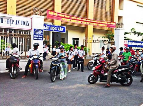 Trường THPT Nguyễn Tất Thành đơn phương chấm dứt hợp đồng lao động trái luật