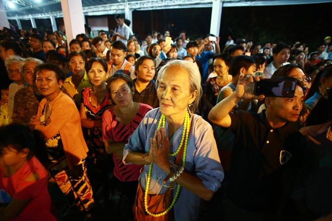 Dua linh cuu co Thu tuong Phan Van Khai ve Hoi truong Thong Nhat