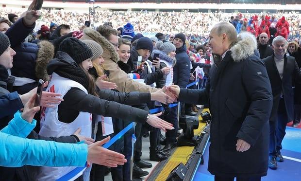 Vladimir Putin: Ngon lua cam hung cho the he tre nuoc Nga