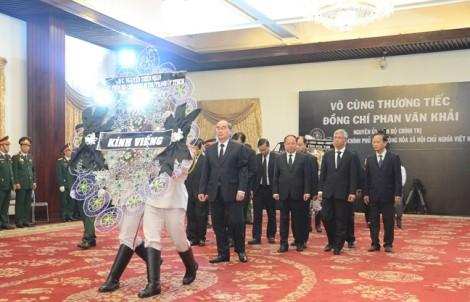 Bí thư Thành ủy Nguyễn Thiện Nhân đến viếng, tưởng nhớ cố Thủ tướng Phan Văn Khải