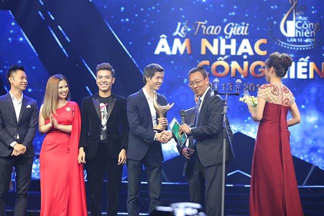 Giai thuong Cong hien lan thu 13: My Tam lap 'cu dup'